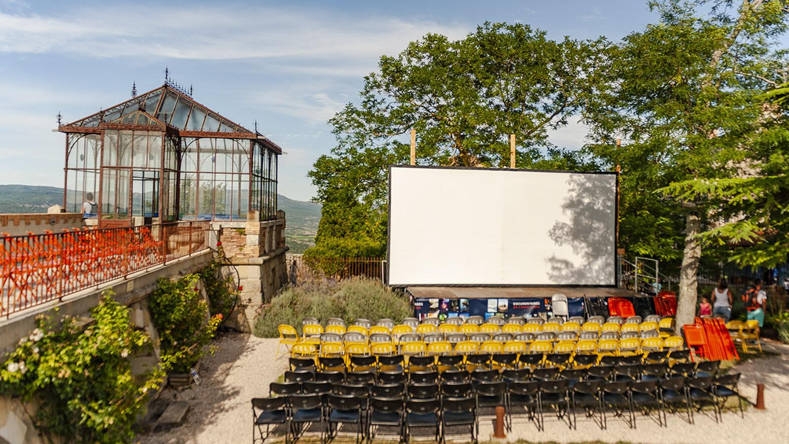 Festival du Film Insolite: das Festivalgelände. Foto: Hilke Maunder